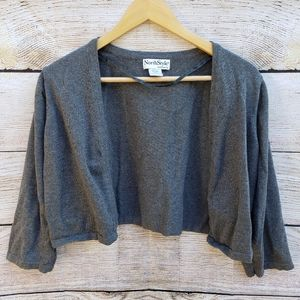 North Style Gray Cover-up with 3/4 length (Large)